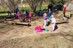 Jarní úklid zahrady - Krtečci + Žabičky