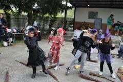 Pálení čarodějnic Neubuz - vystoupení dětí